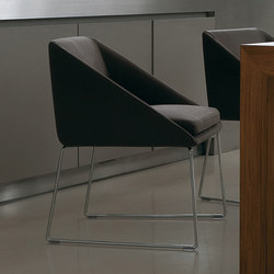 Kelly | Visitors chairs / Side chairs | Verzelloni