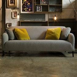 Divanitas | Sofas | Verzelloni