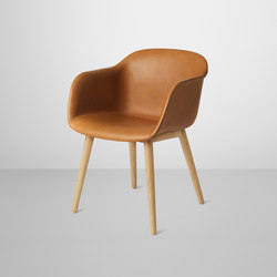 Fiber Armchair | wood base leather | Sillas de visita | Muuto
