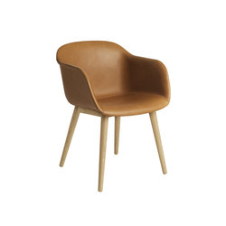 Fiber Armchair | wood base leather | Sedie visitatori | Muuto