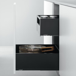 Base Units with Accessories | Pull-out base unit for deep drawers | Kitchen organization | Arclinea