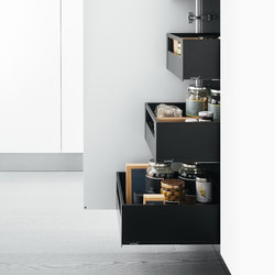 Tall Units | Tall unit with Blum deep internal drawers | Kitchen organization | Arclinea