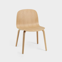 Visu Wide Chair | wood base | Chaises | Muuto