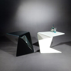 Assito OW c | Side tables | Dreieck Design