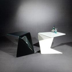Assito OW c | Beistelltische | Dreieck Design