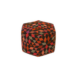 Triangles Pouf Diamond strawberry high | Poufs | GOLRAN 1898