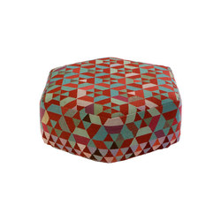 Triangles Pouf Trianglehex almond green low | Poufs / Polsterhocker | GOLRAN 1898