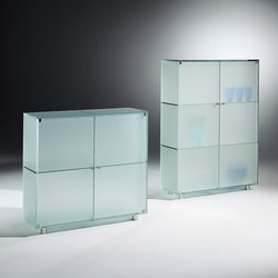 Shine Sh II s + Sh III | Display cabinets | Dreieck Design