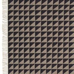 IZA | Rugs / Designer rugs | e15