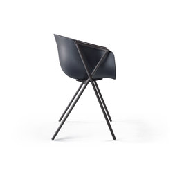 Bai Chair | Visitors chairs / Side chairs | ONDARRETA