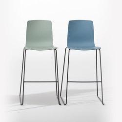 Aava | Bar stools | Arper