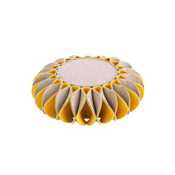 Ruff Pouf Low Yellow 5 | Poufs / Polsterhocker | GAN