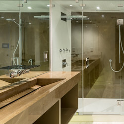 Bath | Classtone Pulpis & Colorfeel Arctic White | Azulejos de pared | Neolith