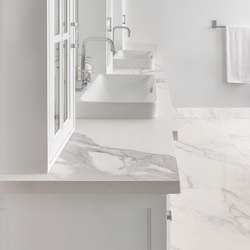 Bath | Classtone Estatuario & Calacatta | Ceramic tiles | Neolith