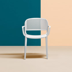 Dome chair | Chaises de restaurant | PEDRALI