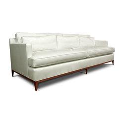Greenwich Sofa | Canapés | BESPOKE by Luigi Gentile