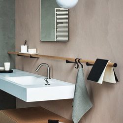Dot Line | Towel rails | Agape