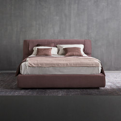 Softwing Bed | Beds | Flou
