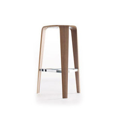 Tre | Bar stools | Davis Furniture