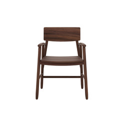 Walnut Bjorsing Chair | Chaises de restaurant | Ethnicraft