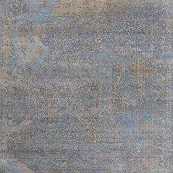 Elements Savonnerie gold blue grey | Formatteppiche / Designerteppiche | THIBAULT VAN RENNE