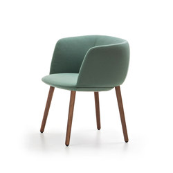 Betinha Armchair | Lounge chairs | Maxdesign