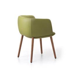 Betinha Armchair | Sillones lounge | Maxdesign