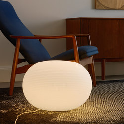 Bianca Table lamp Large | Table lights | FontanaArte