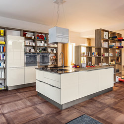 Research and select Island kitchens from Veneta Cucine online ...