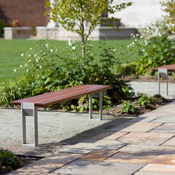 Apex Family | Garden benches | Forms+Surfaces®