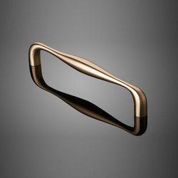 Cast Door Pulls | Pasamanos / Soportes | Forms+Surfaces®