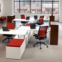 Fluent | Desking systems | Kimball Office