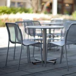 Cross Table | Tavoli caffetteria | Forms+Surfaces®