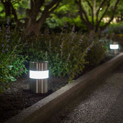 Lights Column Family | Bornes lumineuses | Forms+Surfaces®