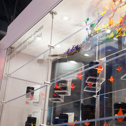 Acrylic Rod Shelving Display | Stands d'exposition | Gyford StandOff Systems®