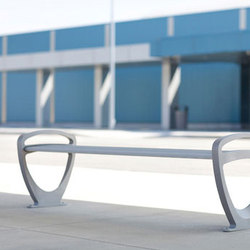 Trio Family | Garden benches | Forms+Surfaces®