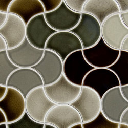 Small Fan Glazed Ceramic Tile | Piastrelle/mattonelle da pareti | Pratt & Larson Ceramics