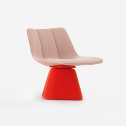 Volley Chair with Swivel Base | Poltrone lounge | Resident