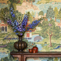 Peacock Garden | Wall coverings / wallpapers | Zoffany