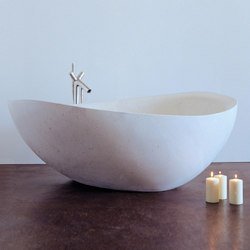 Papillon Bathtub, Limestone | Bathtubs | Stone Forest