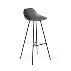 Get The Scoop Barstool By Lyon Beton | Taburetes de bar | Pfeifer Studio