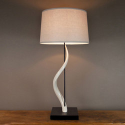 Rythmic Kudu Core Table Lamp | Iluminación general | Pfeifer Studio