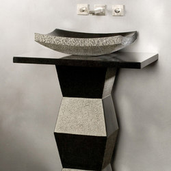 Faceted Pedestal, Black Granite | Lavabos | Stone Forest