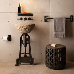 Industrial Pedestal | Lavabos | Stone Forest
