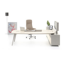 Ashbury Quad | Executive desks | Nurus