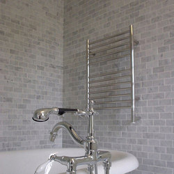 Jeeves E Straight | Towel warmers | Amba Products