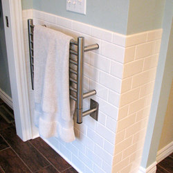 Jeeves H Straight | Towel warmers | Amba Products