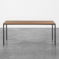 Table at_15 | Tables de repas | Silvio Rohrmoser