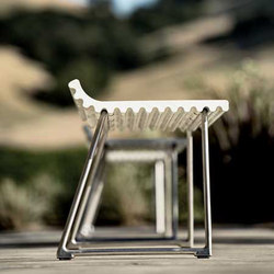 Olithas Bench | Exterior benches | Landscape Forms