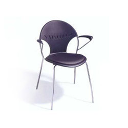Chela | Chairs | Versteel
